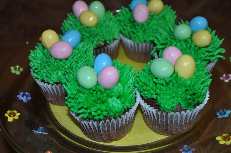 easter cupcakes - Google Search Holidays Pinterest