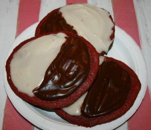 Black and White Cookies on Red Velvet - Night Circus #ReadableFeast
