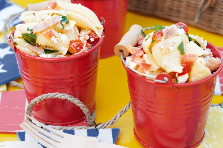 Shell pasta salad with feta, bacon, tomato and mint http://www.taste ...