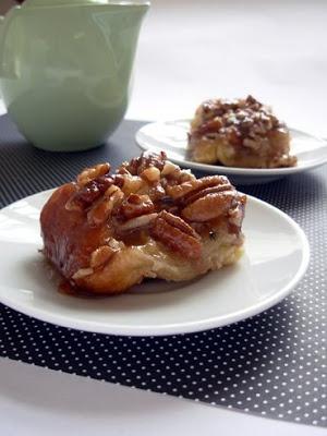 pecan honey sticky buns | Sweet Bites | Pinterest