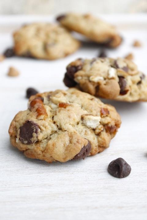 Chocolate peanut butter pretzel cookies | sweets | Pinterest