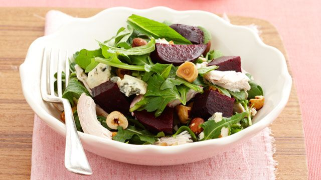 Chicken and beetroot salad with blue cheese & hazelnuts | Recipe