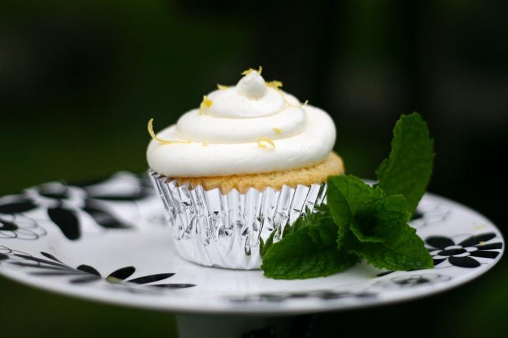 Lemon Cupcakes with Lemon Buttercream | Not GF: Cakes, Cupcakes, Icin ...