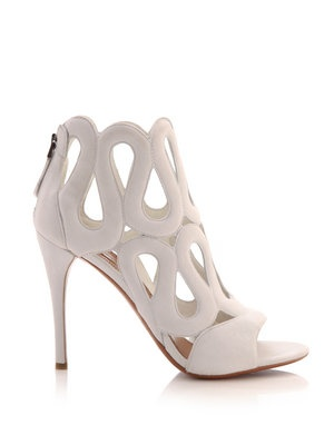 Azzedine Alaia shoes white