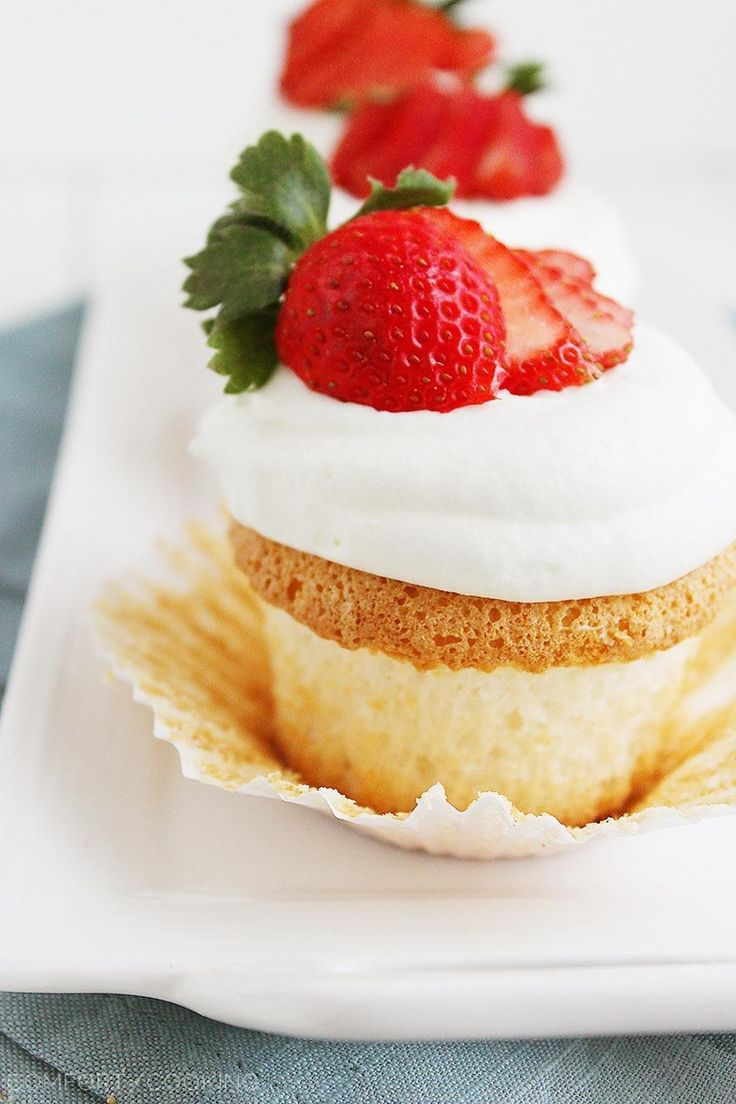 Angel Food Cupcakes http://www.thecomfortofcooking.com/2014/04/angel ...
