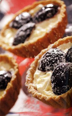 Plum and Mascarpone Tart | sweet stuff | Pinterest