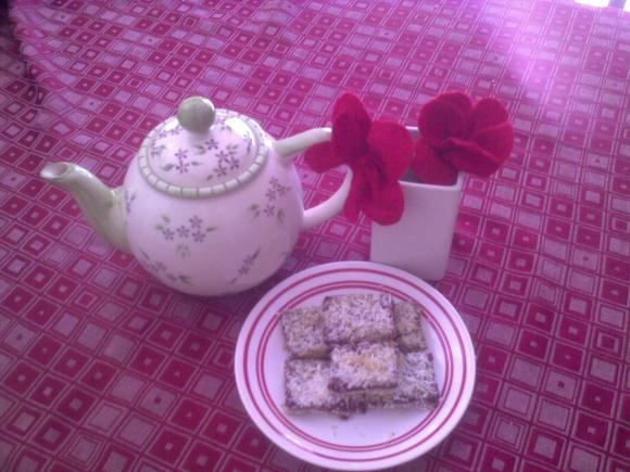 Raspberry Streusel Bars (GAPS) | Healthy Eating and Living | Pinterest