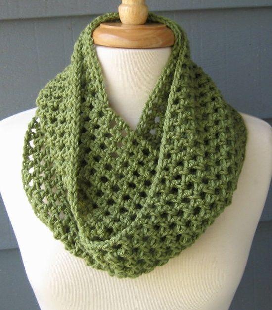 Crocheting Infinity Scarf : Crochet Infinity Scarf Cowl Crochet Pinterest