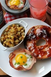 Baked Eggs and Mushrooms in Ham Crisps | BODY FOR LIFE | Pinterest