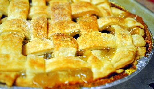 Old-Fashioned Lattice-Top Apple Pie | Recipes to Try | Pinterest