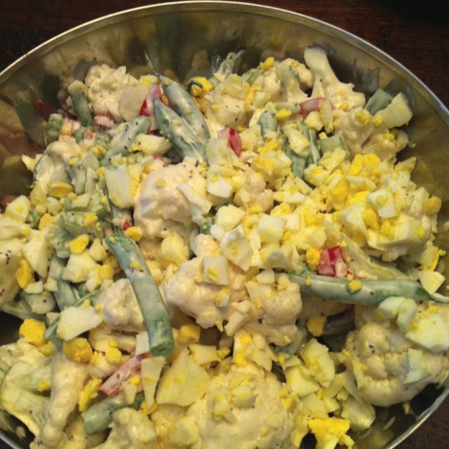 "Cauliflower ""potato"" salad with green beans and Dijon sauce"
