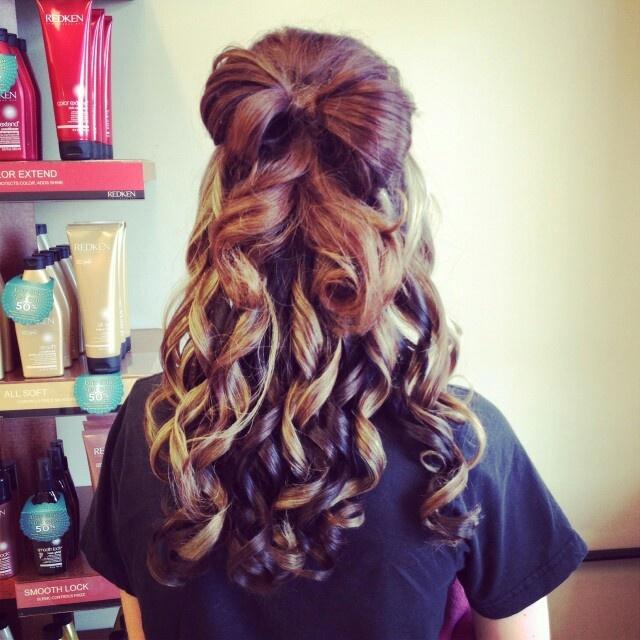 hair bows in curly hair - photo #11