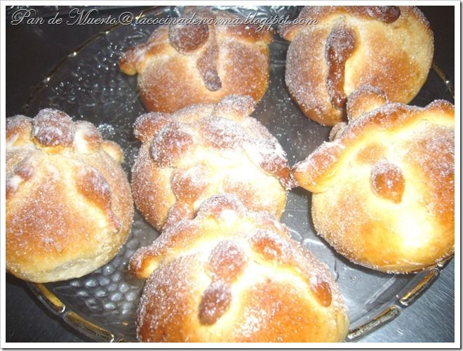 Pan de Muerto (Mexican bread of the Dead) Recipe step by step ...