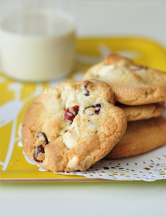 cranberry, white chocolate and macadamia nut cookies