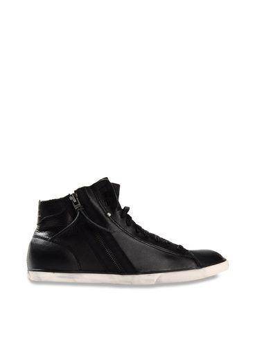 Oliver Sweeney x Proudlock Footwear forecast