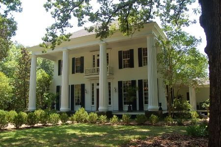 plantation homes - the next best thing after an English Manor/Estate.  Not to mention this home in GA is 400k  not 10 million like the UK homes lol