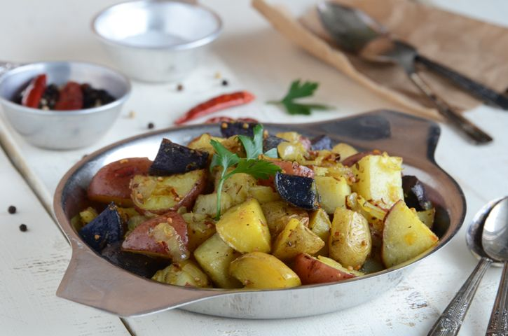 Indian-spiced Roasted Potatoes. This would be perfect with chicken or ...