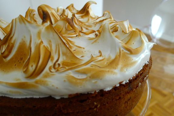 Lemon Olive Oil Cake with Swiss Meringue. Perfect dessert for the ...