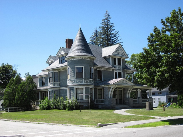 Newport New Hampshire Victorian Home The Big House