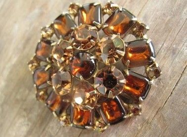 Weiss Vintage Brooch with Amber Stones by mimiyaya on Etsy, $35.00