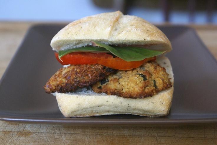 vegan zucchini and quinoa burger | Food | Pinterest