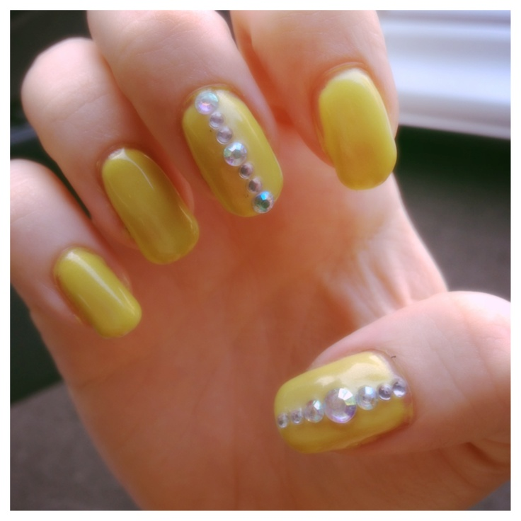 Yellow gel nail | My Nail Designs | Pinterest
