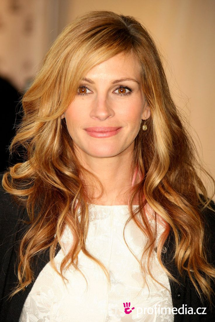 Julia Roberts -LOVE the hair!!!