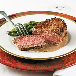 Filet Mignon With Red Wine Shallot Sauce | Diabetes Forecast Magazine ...