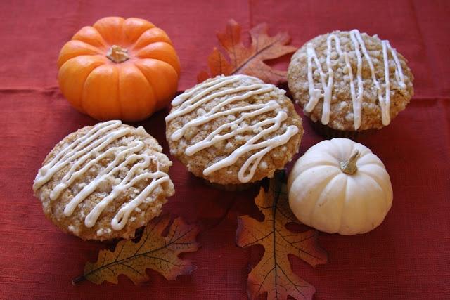 Pumpkin Spiced Muffins with Vanilla Maple Glaze