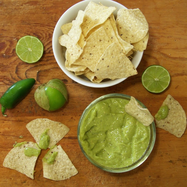 Tomatillo Guacamole | Appetizers | Pinterest