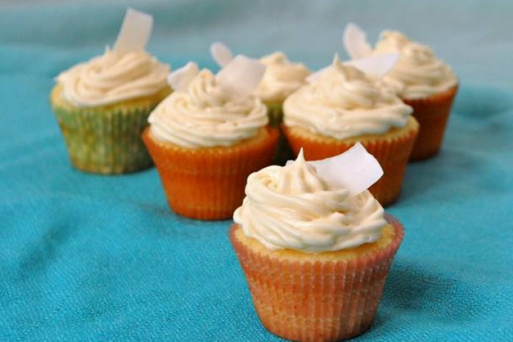 Pina Colada Cupcakes | Recipes Around The World | Pinterest