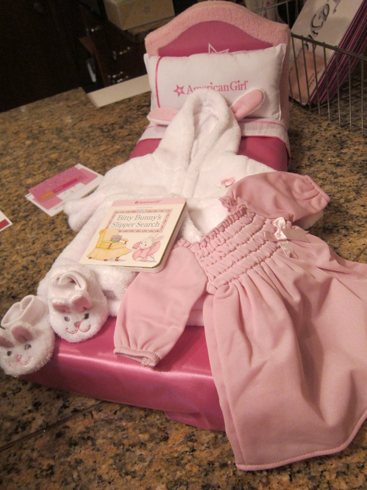 American Girl Room at the Atlanta Marriott Alpharetta includes a travel doll bed that your little girl can keep.