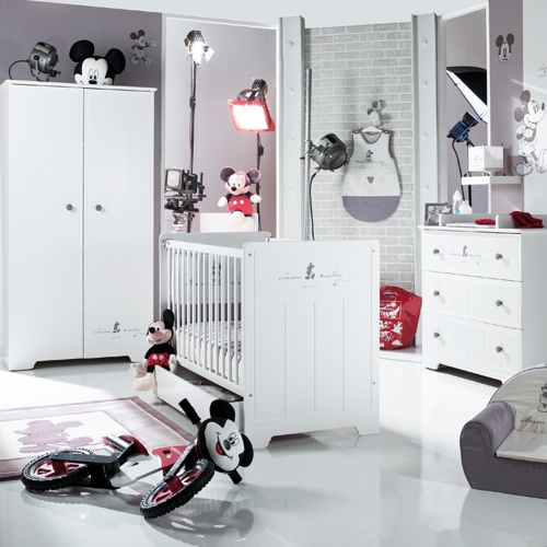 chambre classic mickey de la s lection sauthon f te des b b s pinterest. Black Bedroom Furniture Sets. Home Design Ideas