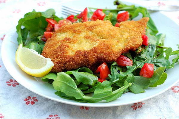 ... Stir-It-Up/2012/0802/Chicken-Milanese-on-a-bed-of-arugula-and-tomatoes