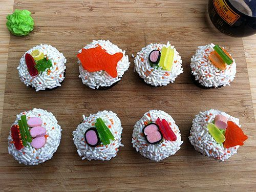 18 crazy creative cupcake ideas for Creative cupcake recipes and decorating ideas