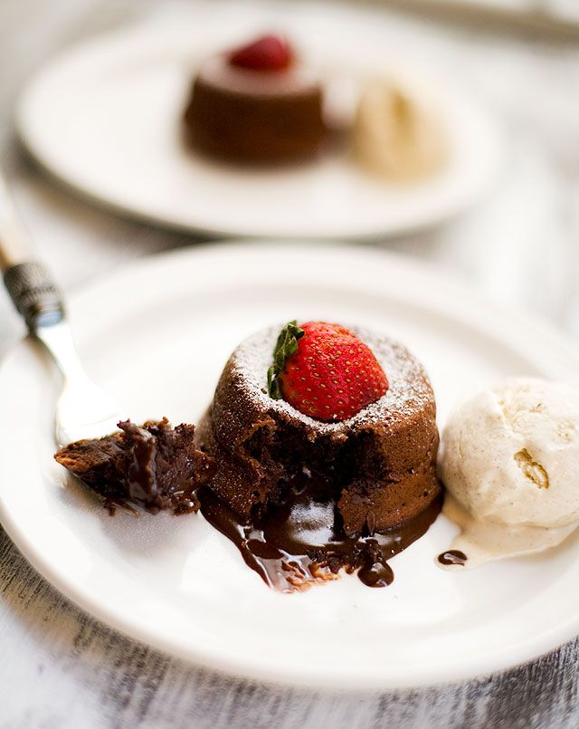 Molten Chocolate Liquor Cake. @Bryn Miyahara, sounds like a great ...