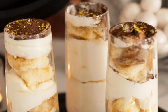 Easy no bake champagne glass tiramisu cooking pinterest