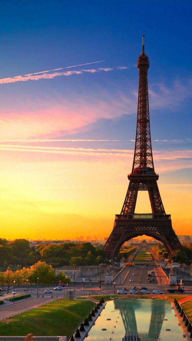 eiffel tower open on bastille day