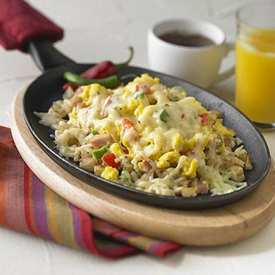 Cheesy Denver Breakfast Skillet - This all-in-one skillet breakfast ...