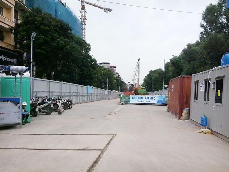 Nhà ga số 6- số 7 trên đường Xuân Thủy – Cầu Giấy thuộc tuyến đường sắt đô thị Nhổn – ga Hà Nội