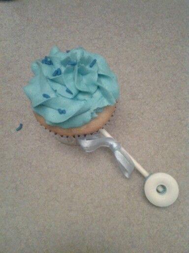 Baby rattle cupcake | Baby shower ideas | Pinterest