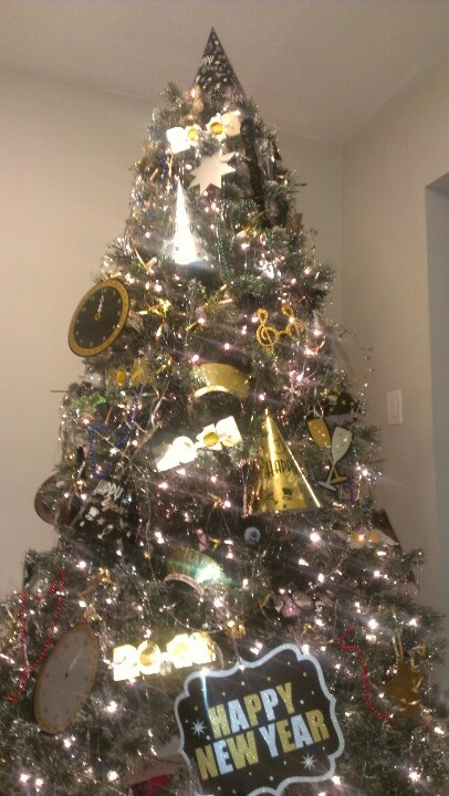 Morys new year 39 s tree holiday trees pinterest for New xmas decorations