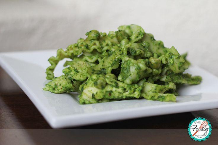Pasta with Spinach Pesto & Peas | Savory | Pinterest