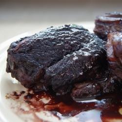 Blackberry-Pinot Noir Shortribs | Where's The Beef ? | Pinterest