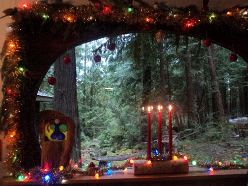 Winter solstice rituals and decorations
