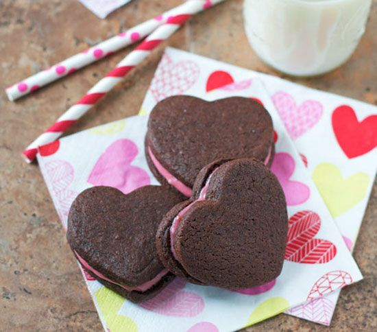 Chocolate Sandwich Cookies with Raspberry Cream Cheese Frosting |