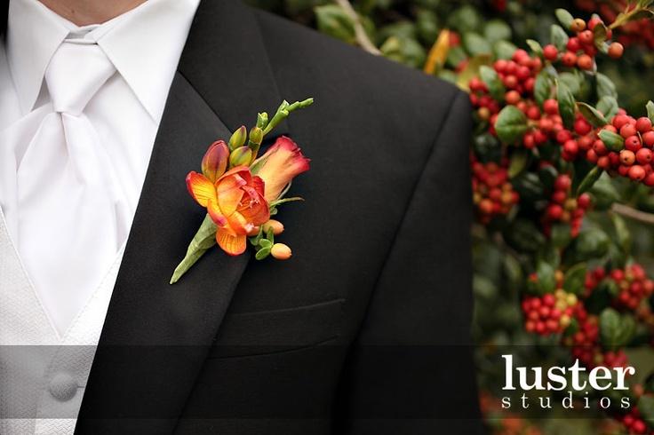 groomsmen boutonniere Wedding Ideas Pinterest