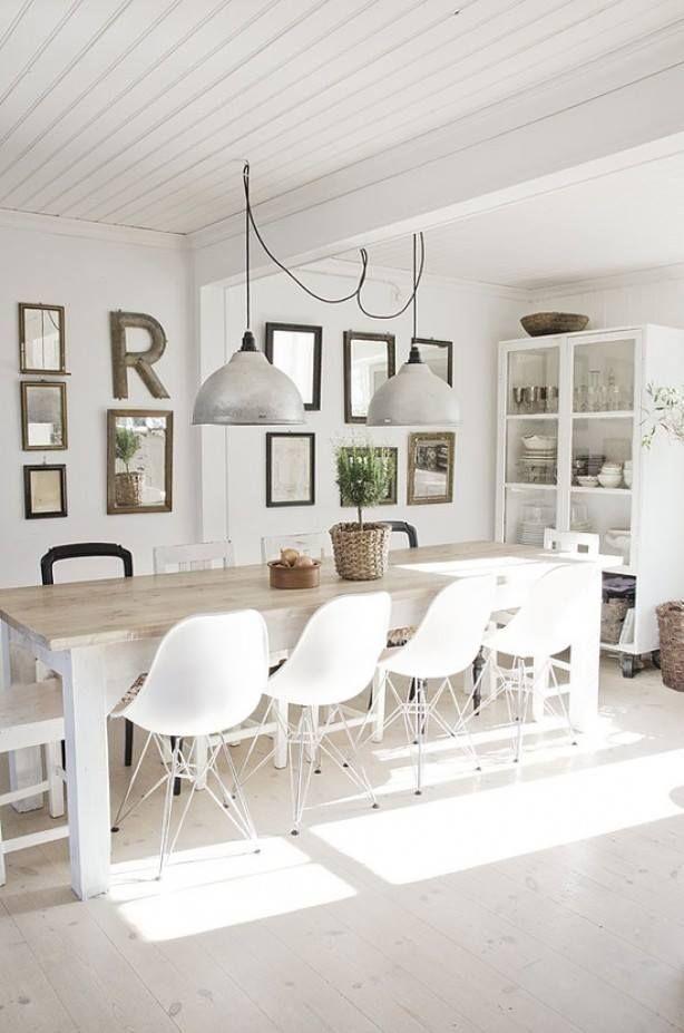 Eetkamer: houten tafel witte stoelen  * Home sweet home *  Pinterest