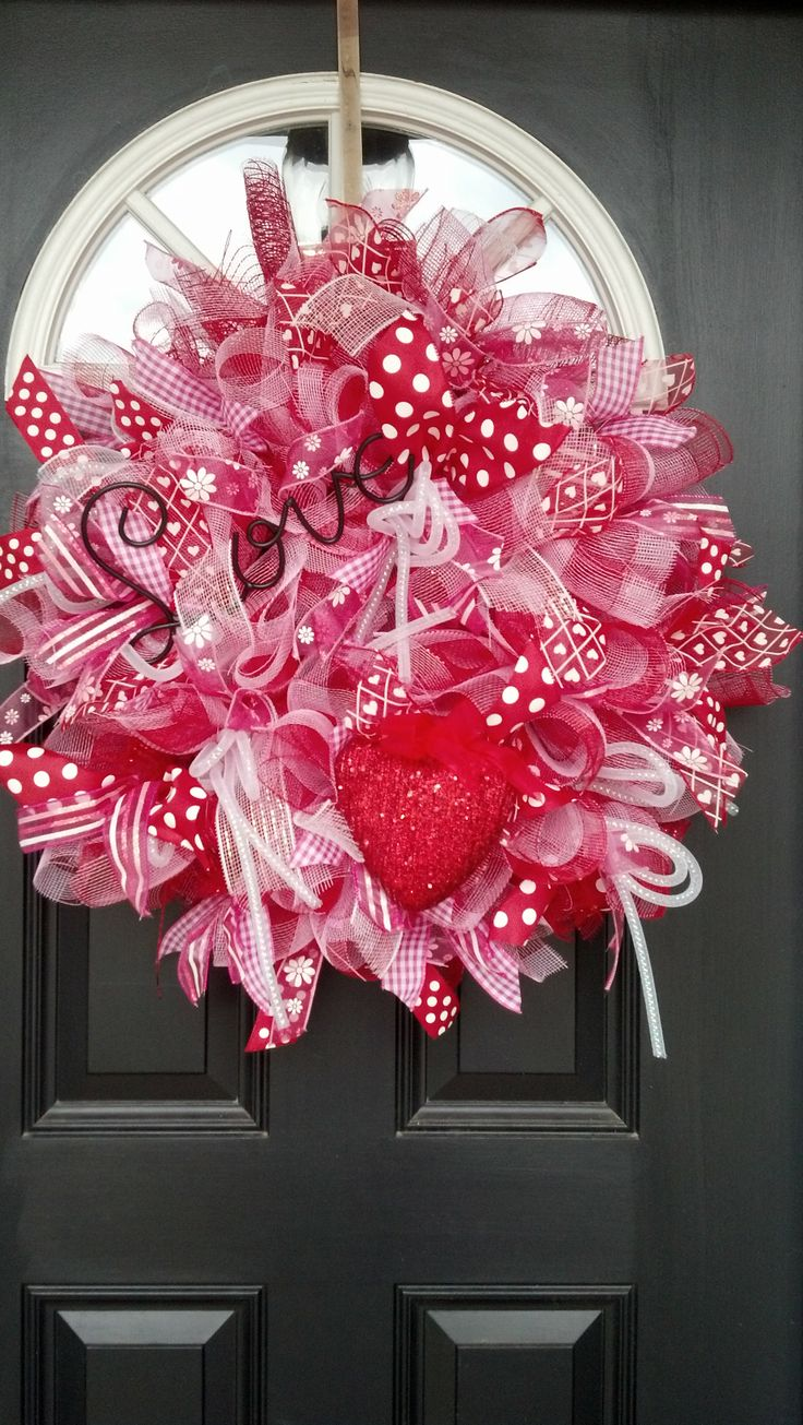 Hearts:  #Valentine wreath.