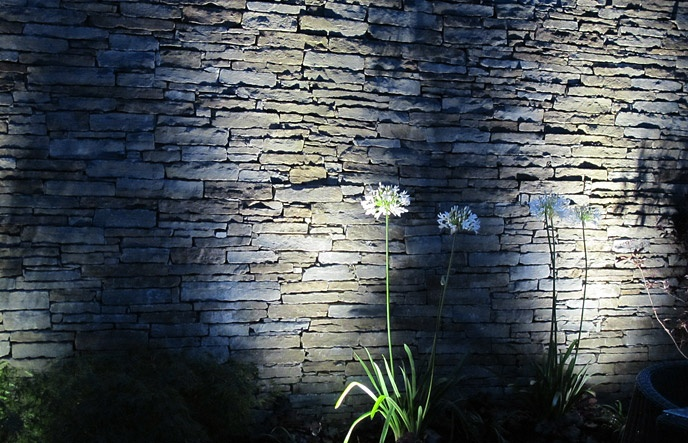 Exterior Stone Wall Lights : stone wall + lighting outdoor scapes Pinterest